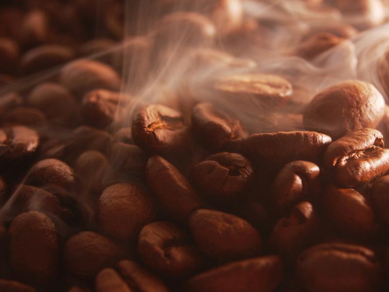 caffeina pura o concentrata, attenzione ai rischi da sovradosaggio