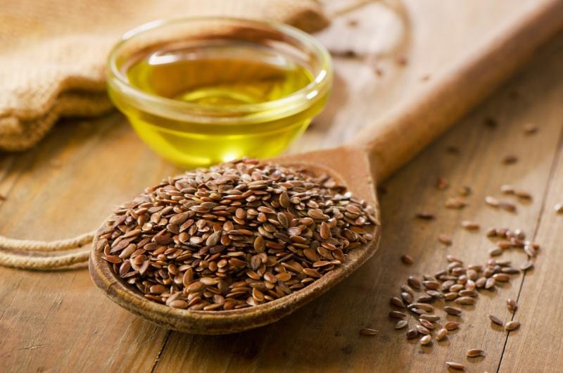 Uno studio sugli omega 3 dell'olio di lino e ulcera del piede diabetico ha verificato i benefici a 12 settimane di supplementazione